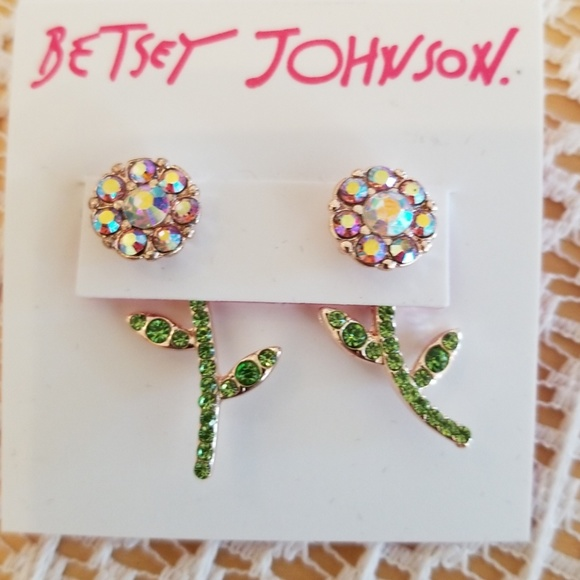 Betsey Johnson Jewelry - Betsey Johnson dance flower earrings